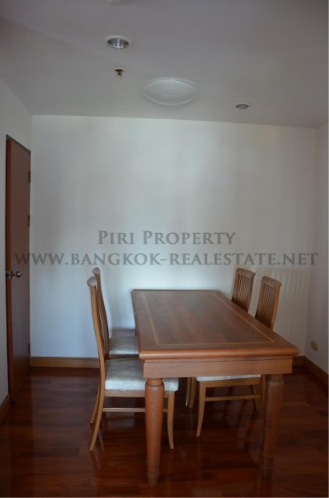 Piri Property Agency's Spacious 3 Bedroom Condo in Ekkamai - 128 SQM for 50K - Top View Tower - 30th Floor 13