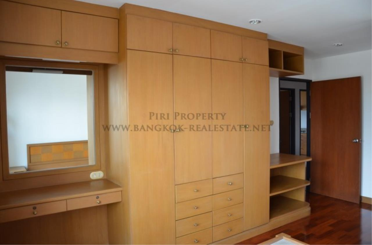 Piri Property Agency's Spacious 3 Bedroom Condo in Ekkamai - 128 SQM for 50K - Top View Tower - 30th Floor 16