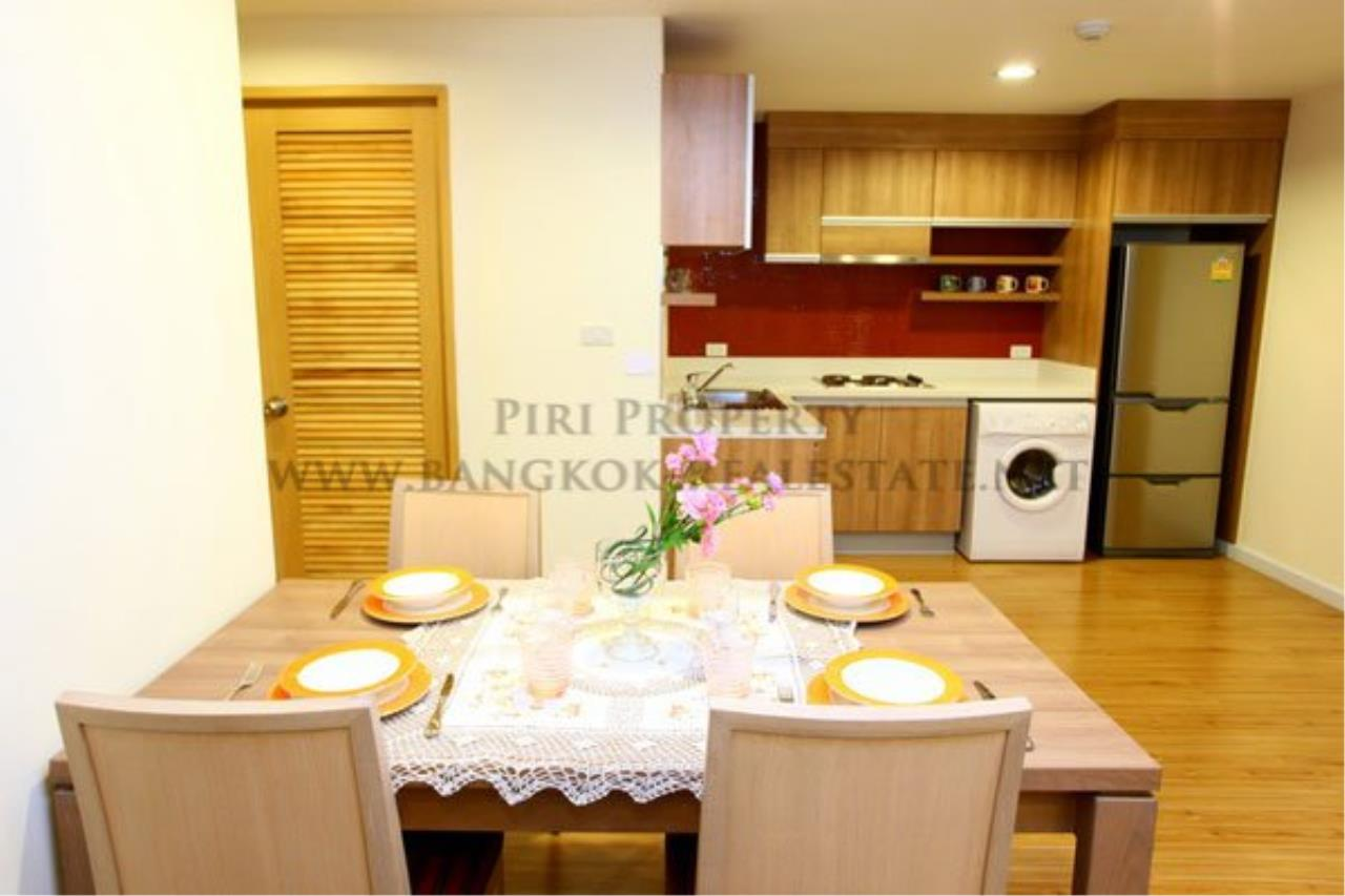 Piri Property Agency's 2 Bedroom Apartment opposite Lumpini Park - Modern Decoration 9