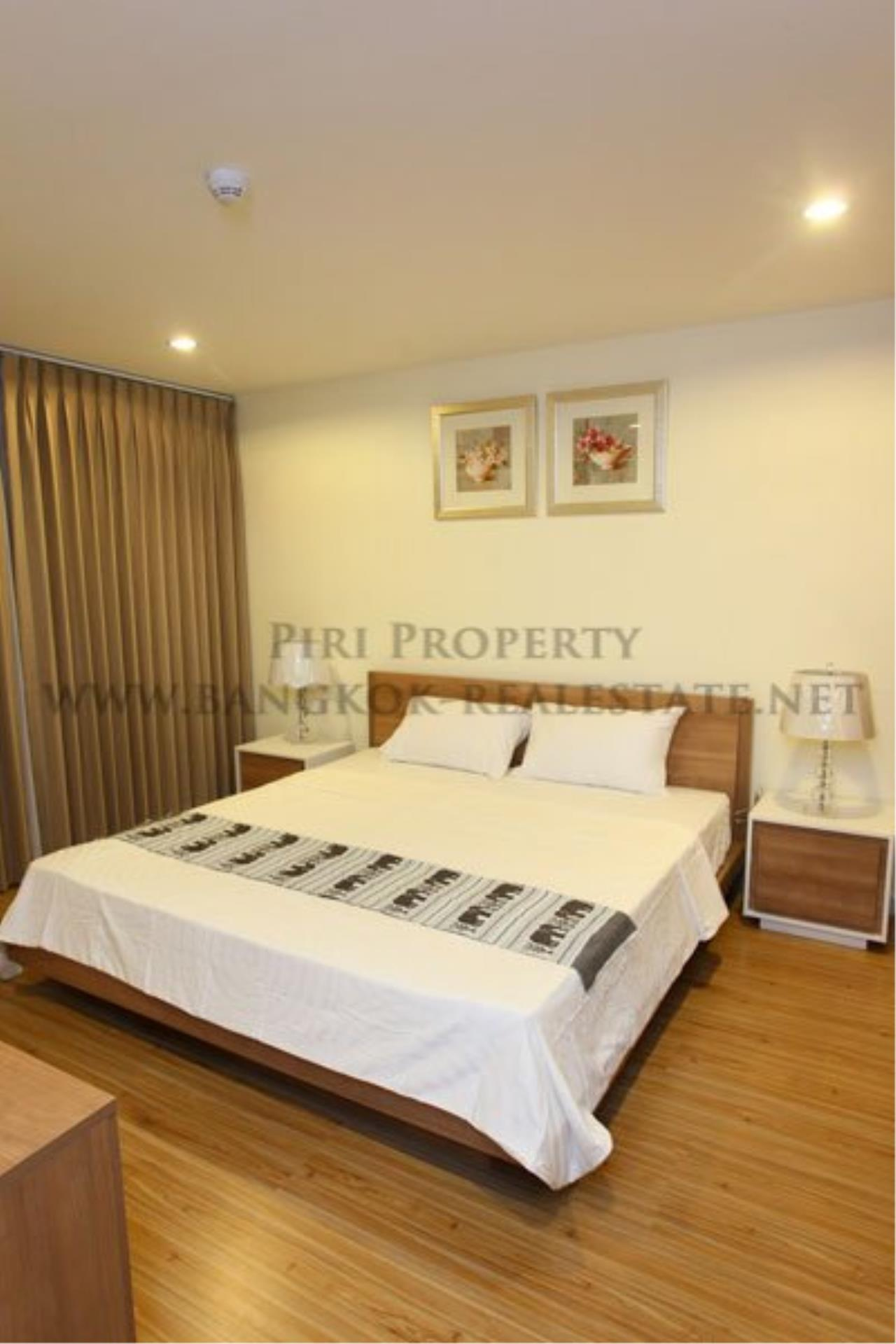 Piri Property Agency's 2 Bedroom Apartment opposite Lumpini Park - Modern Decoration 1