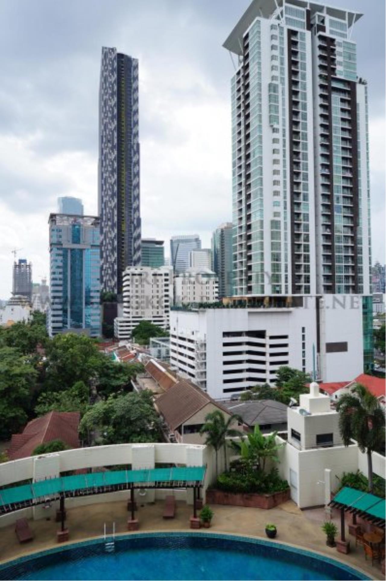 Piri Property Agency's Renovated Condo in Baan Piya Sathorn for Rent - 2 Bedrooms 14