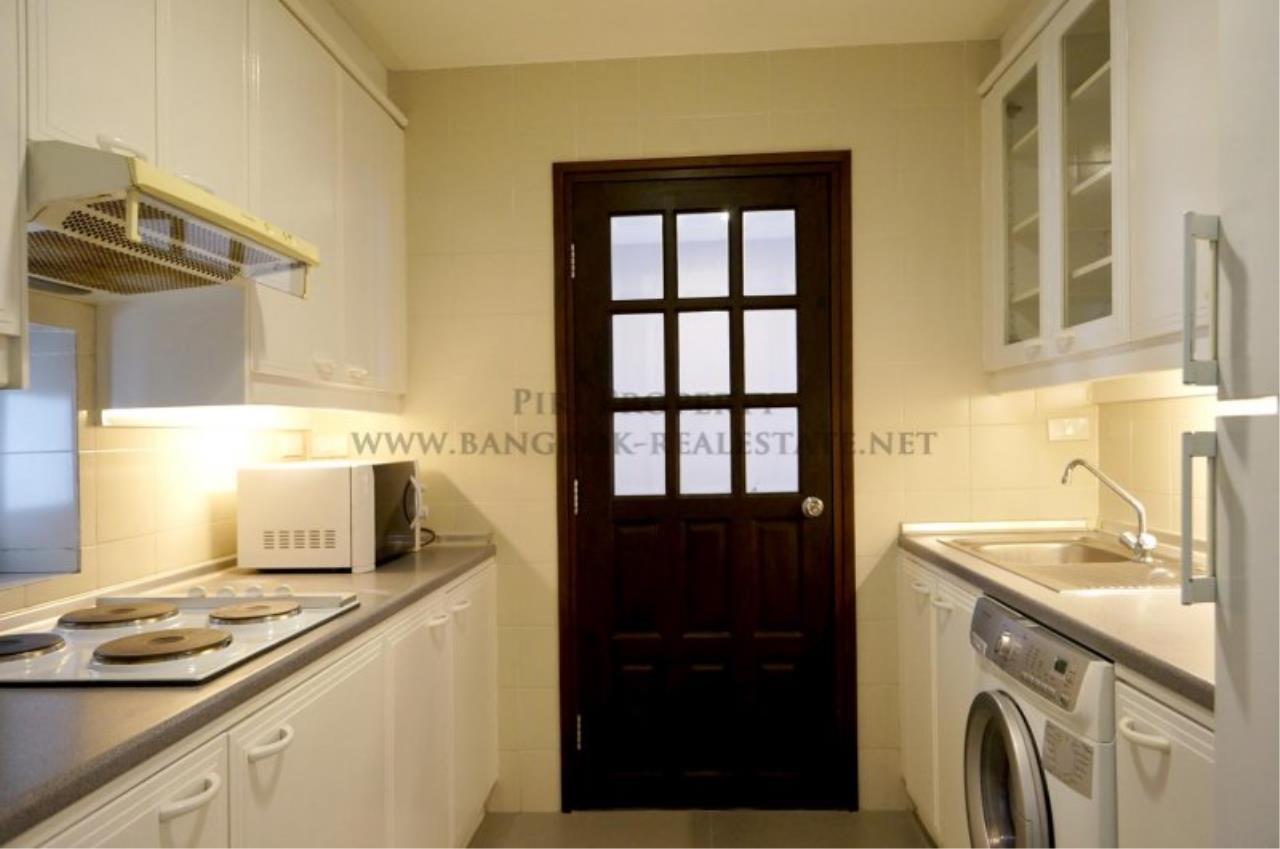 Piri Property Agency's Renovated Condo in Baan Piya Sathorn for Rent - 2 Bedrooms 4