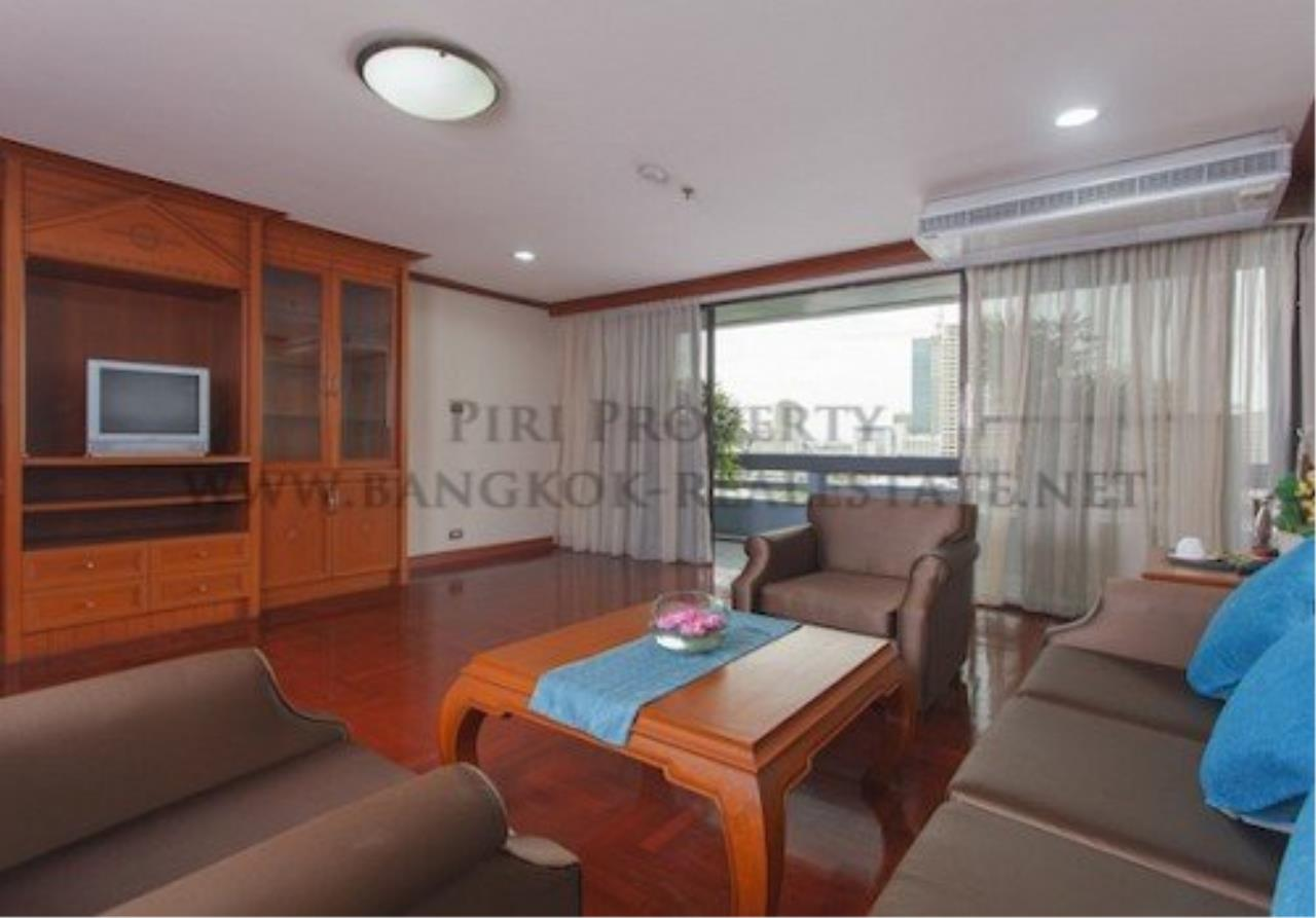 Piri Property Agency's 2 Bedroom Apartment with 212 SQM in Phrom Phong - 55K 4
