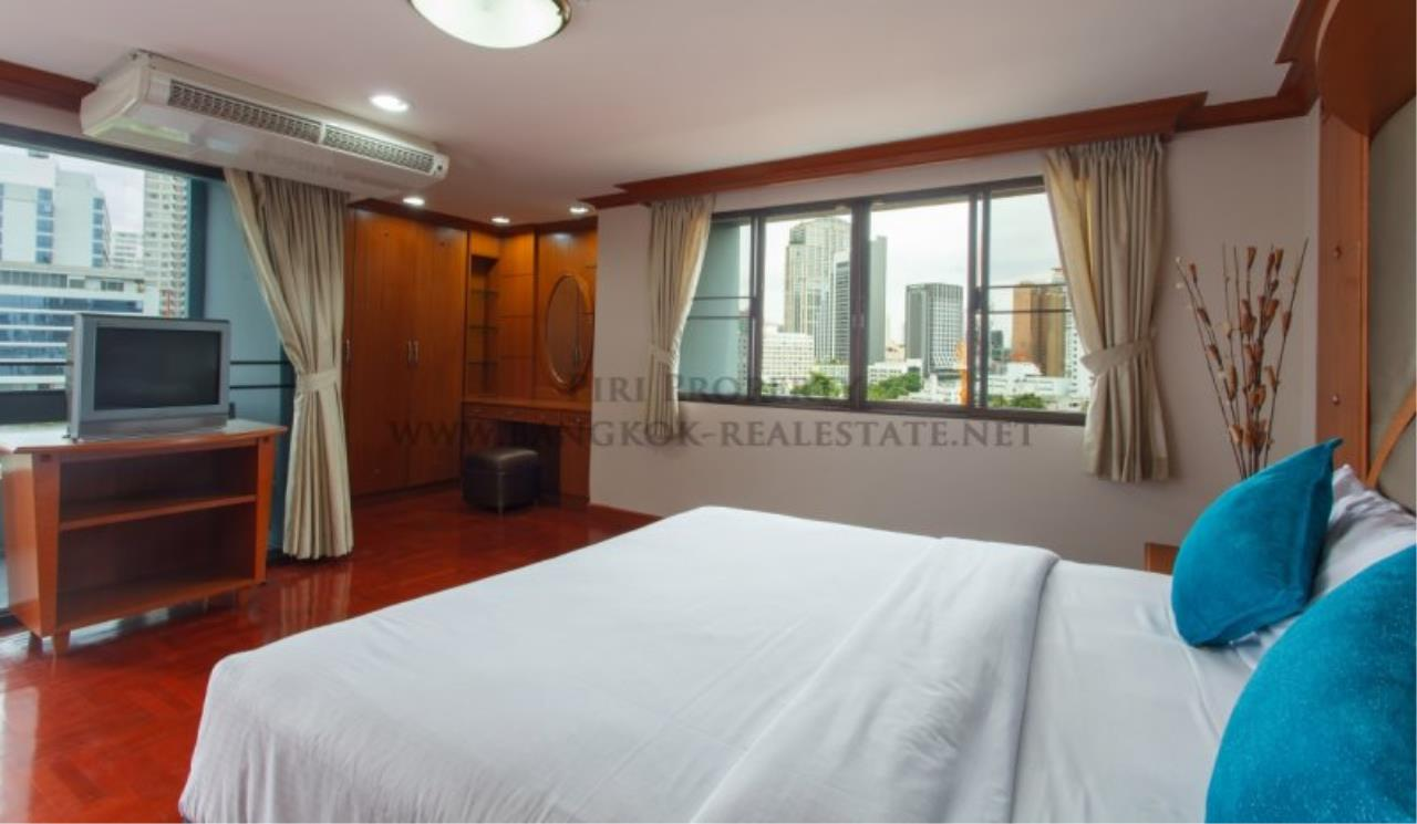 Piri Property Agency's 2 Bedroom Apartment with 212 SQM in Phrom Phong - 55K 1