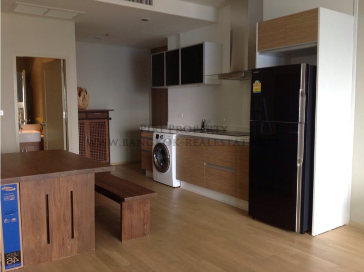 Piri Property Agency's Nicely furnished 2 Bedroom Condo - Noble Reveal - Next to Ekkamai BTS 5