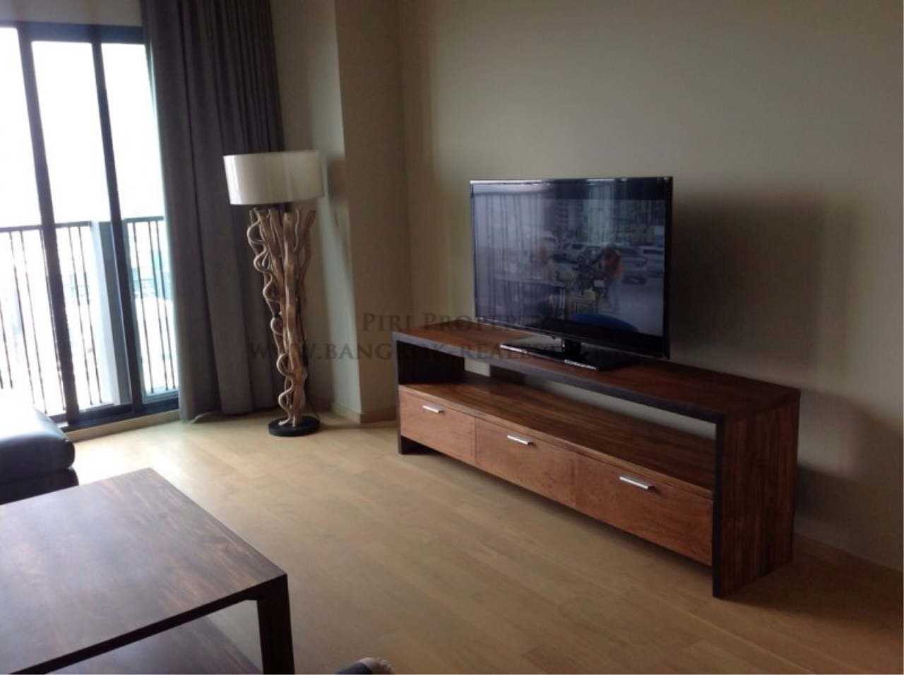 Piri Property Agency's Nicely furnished 2 Bedroom Condo - Noble Reveal - Next to Ekkamai BTS 2