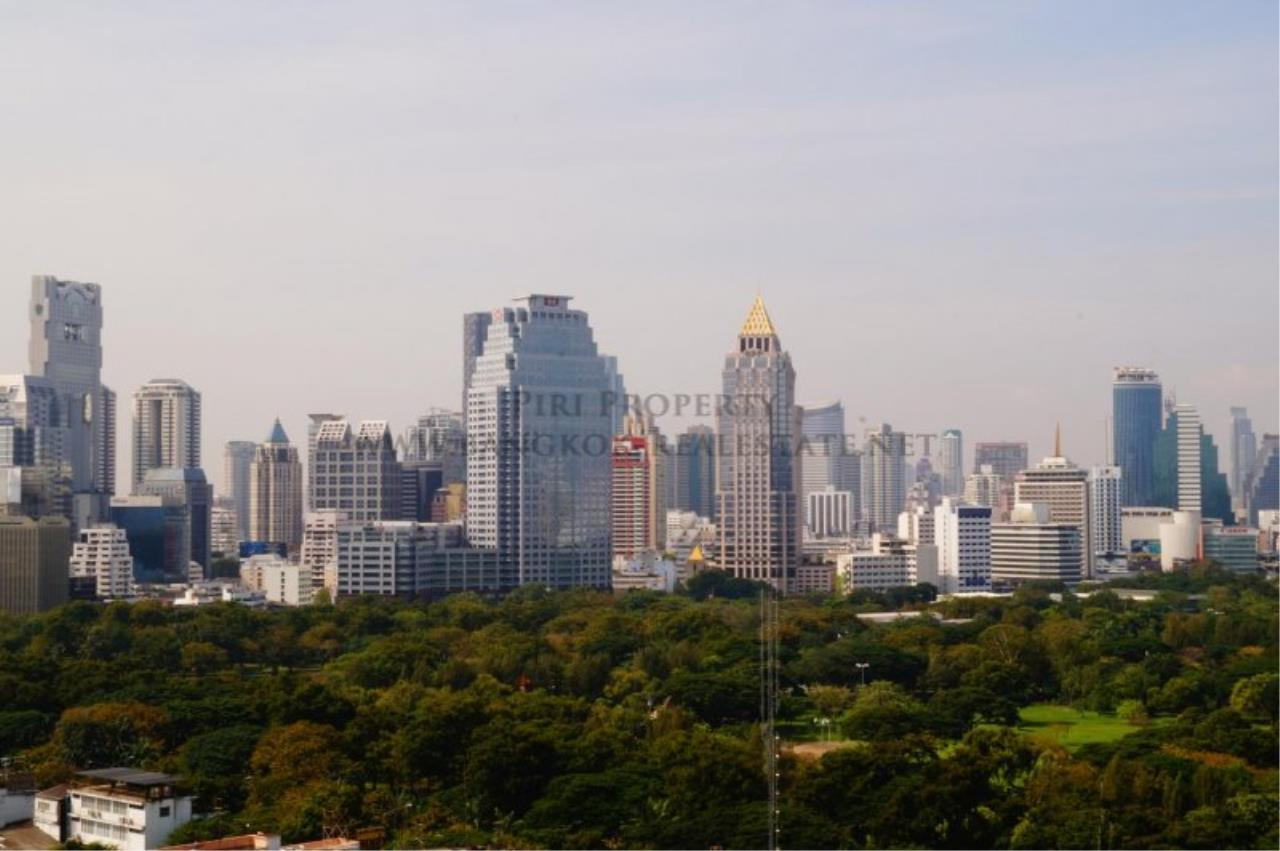 Piri Property Agency's Exclusive Condo Unit near Lumpini Park - 3 Bedrooms - Fully renovated 9