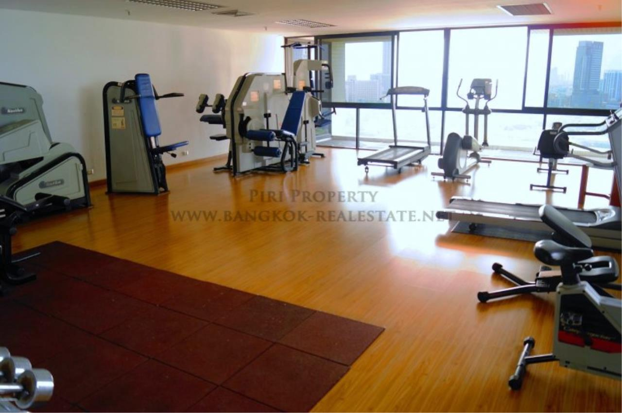 Piri Property Agency's Exclusive Condo Unit near Lumpini Park - 3 Bedrooms - Fully renovated 6