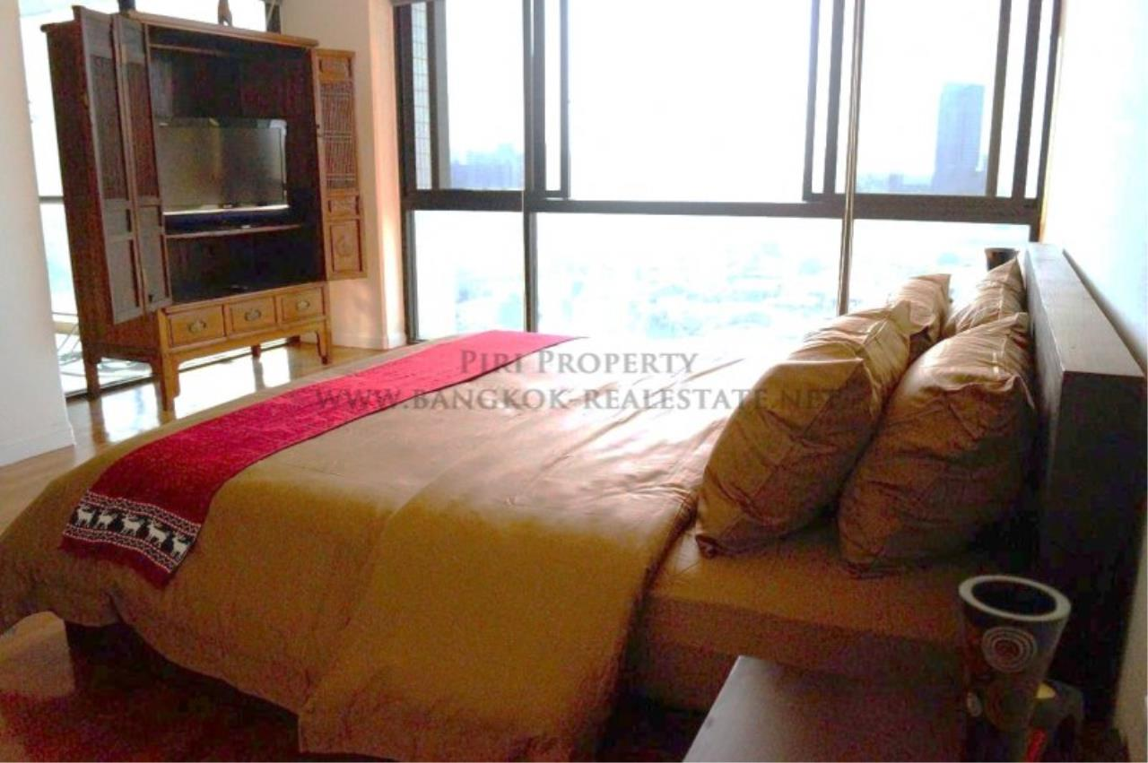 Piri Property Agency's Exclusive Condo Unit near Lumpini Park - 3 Bedrooms - Fully renovated 4