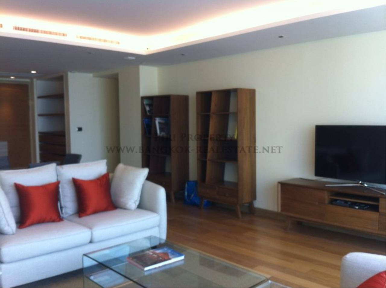 Piri Property Agency's Spacious Condo Unit with 3 Bedrooms near Ari - 174 SQM 2