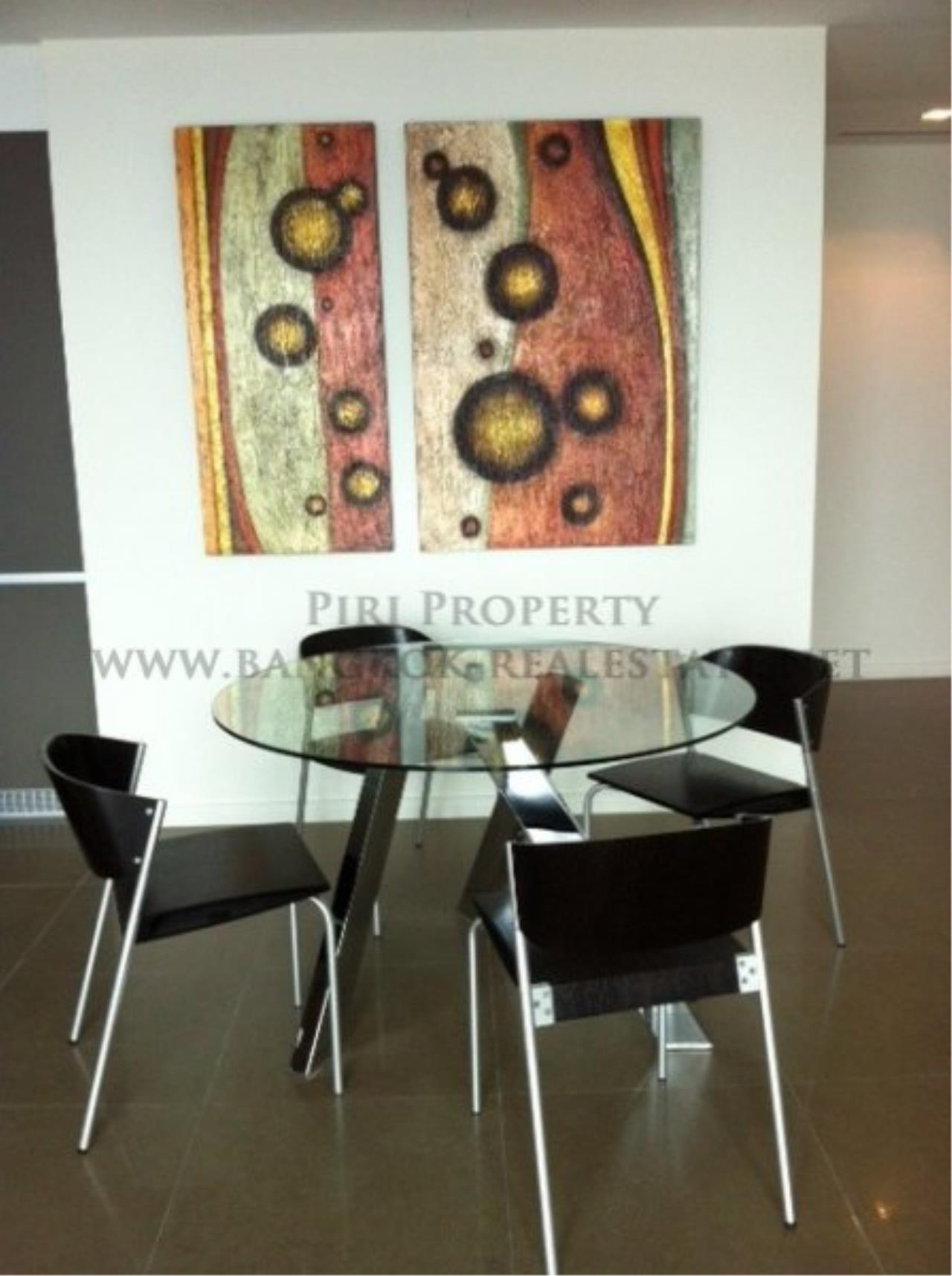 Piri Property Agency's 2 Bedroom Condo on Super High Floor - The River Condo 3