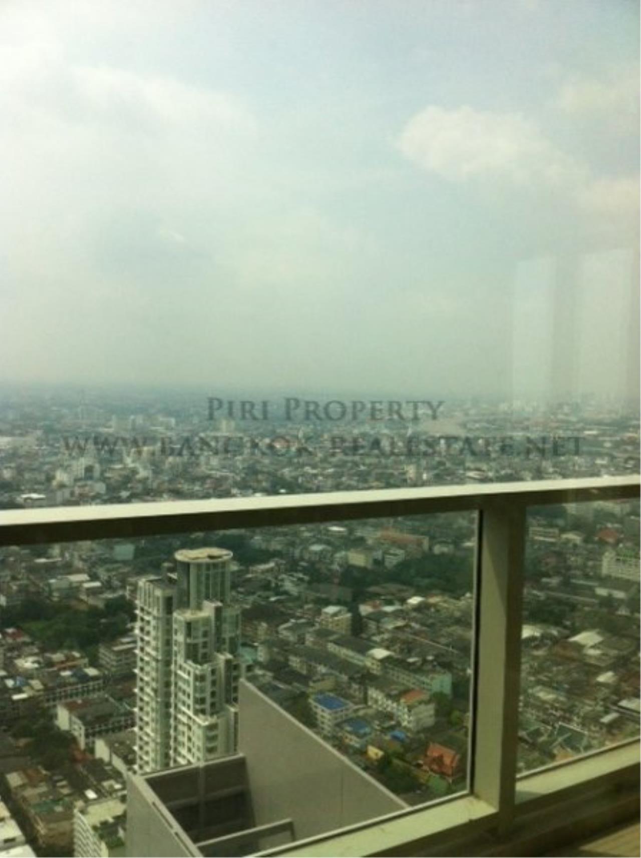 Piri Property Agency's 2 Bedroom Condo on Super High Floor - The River Condo 5