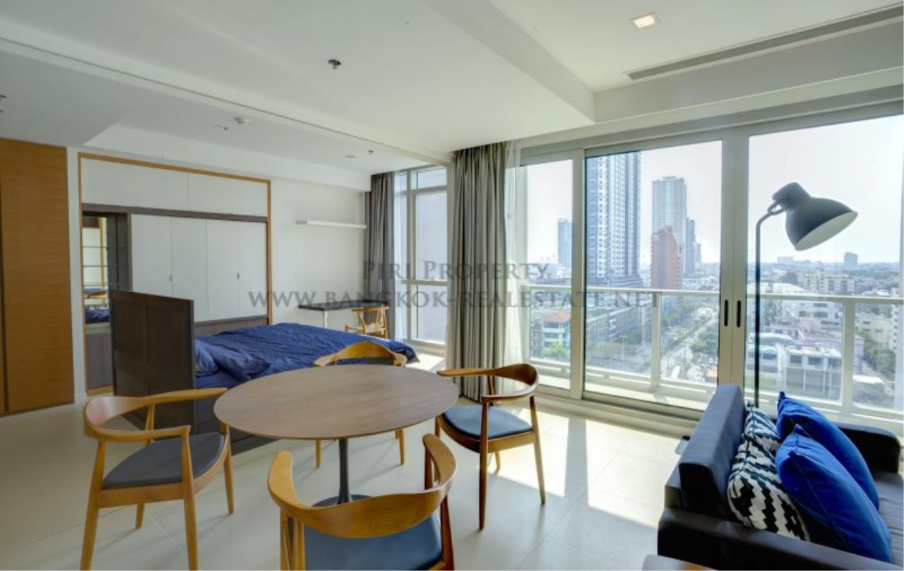 Piri Property Agency's Unique Designer 1 Bedroom for Sale in The River Condominium 3