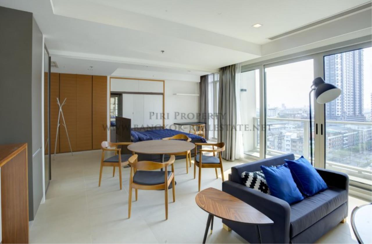 Piri Property Agency's Unique Designer 1 Bedroom for Sale in The River Condominium 2