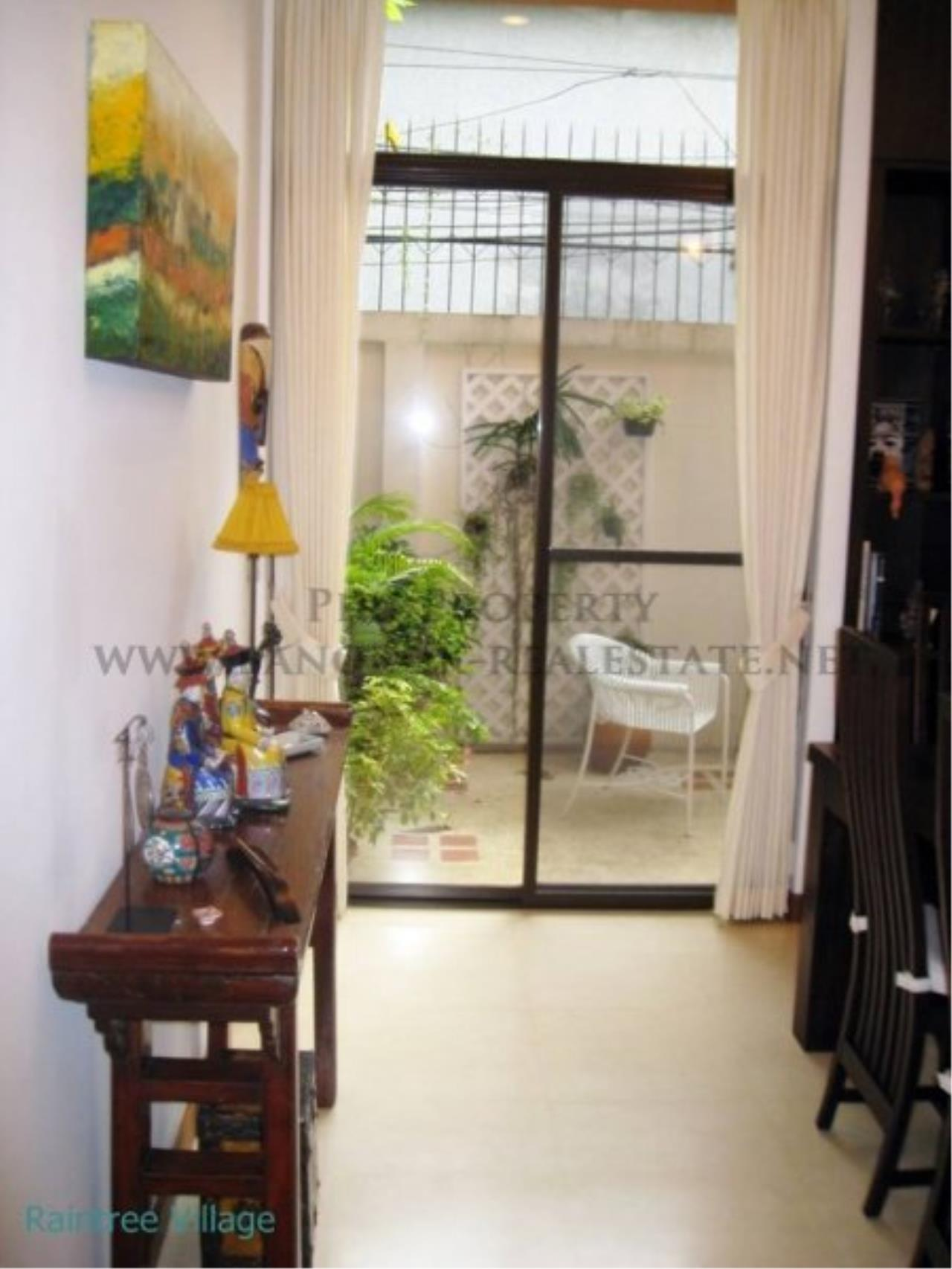 Piri Property Agency's Townhouse Apartment nearby Emporium for Rent - 3 plus 1 Bedroom 10