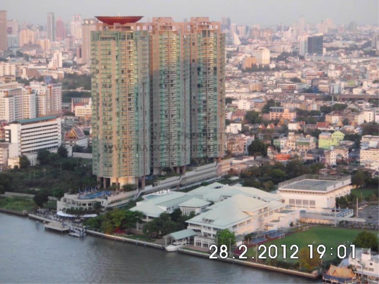 Piri Property Agency's Nice 2 Bedroom Condo for Rent - Watermark Chaophraya - High Floor 9