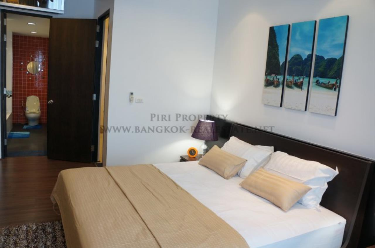 Piri Property Agency's Modern 2 Bedroom Condo in Asoke for Rent - 1 minute to the BTS station 2