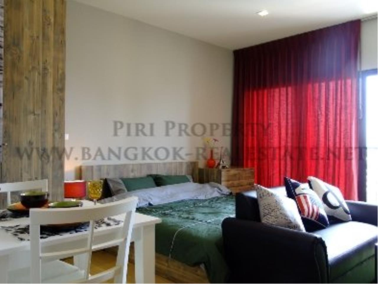 Piri Property Agency's Studio Condo in Ekkamai for Rent - Nice and Modern furniture 3