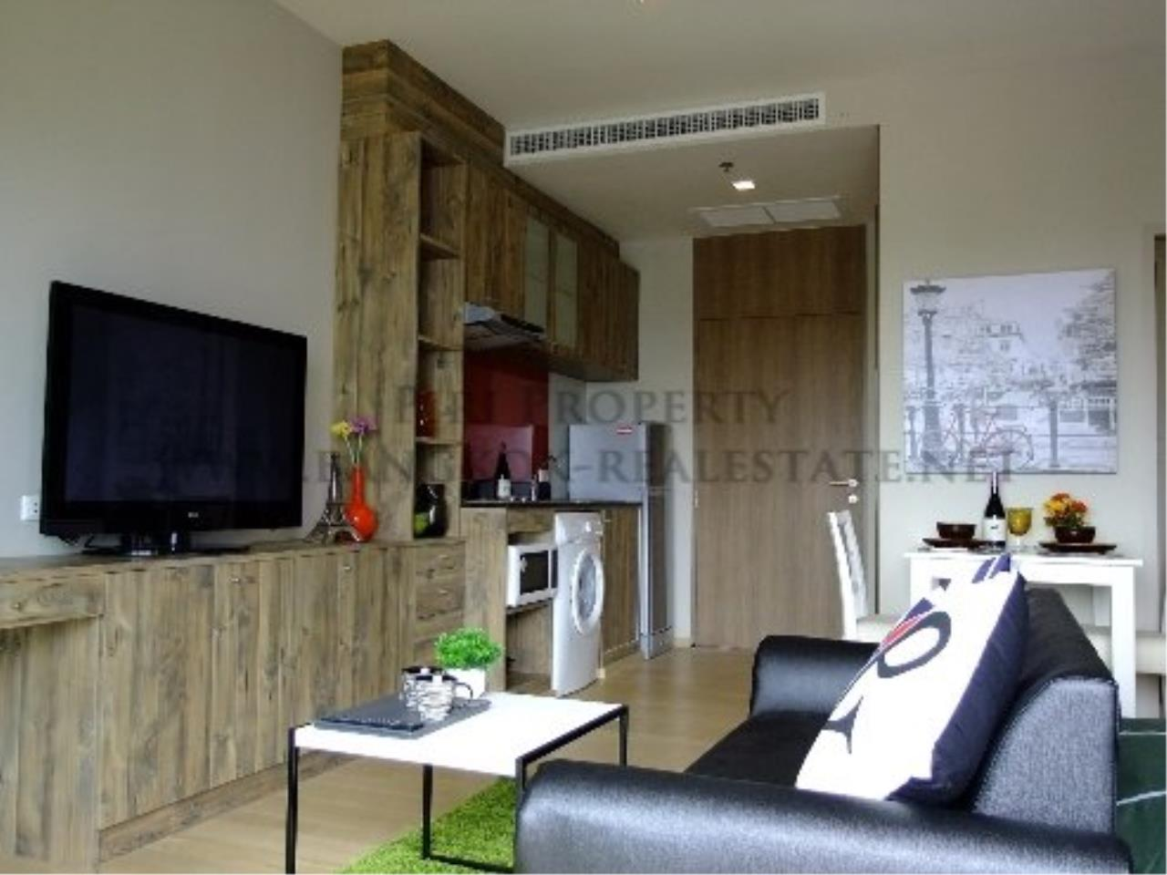 Piri Property Agency's Studio Condo in Ekkamai for Rent - Nice and Modern furniture 5