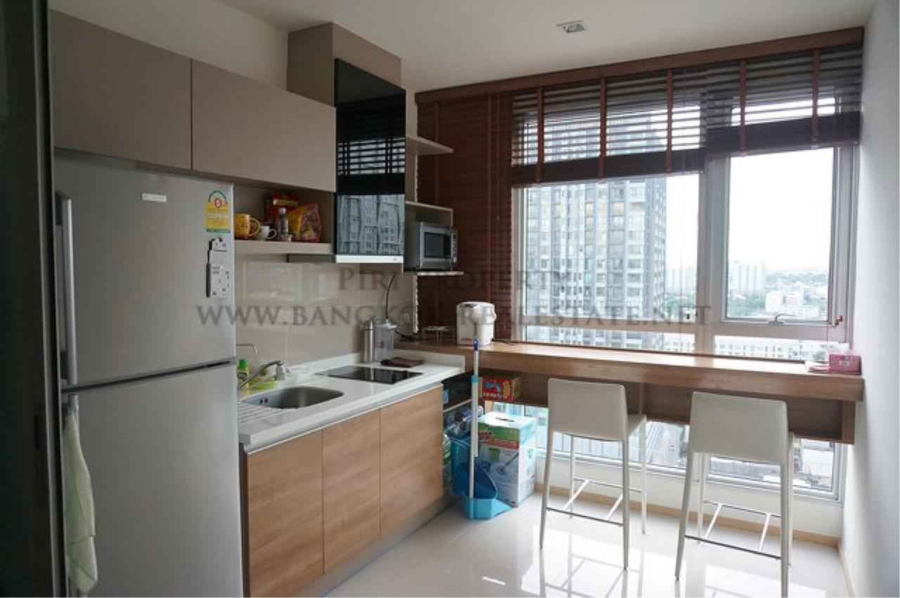 Piri Property Agency's Rhythm Sukhumvit Soi 50 - Nice 1 Bedroom for Rent 2