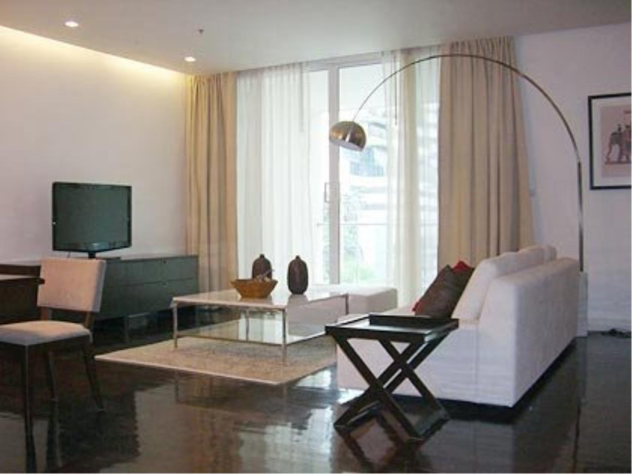 Piri Property Agency's Modern 3 Bedroom Condo in D Raj Residences for Rent on Mid Floor 1