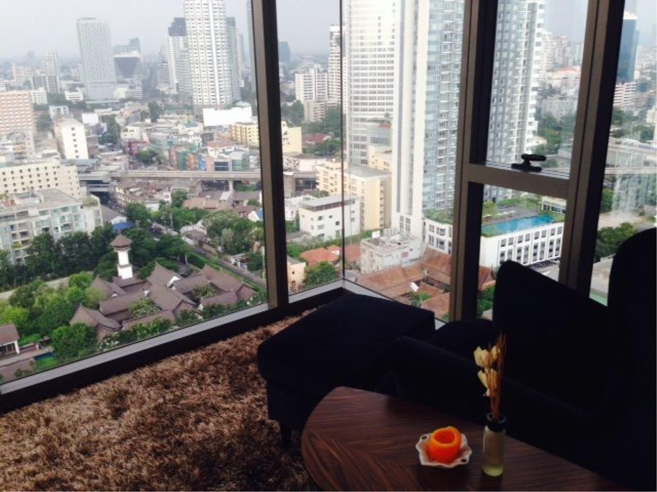 Piri Property Agency's Cozy 1 Bedroom Condo in the Ashton Bulding for rent on high floor 6