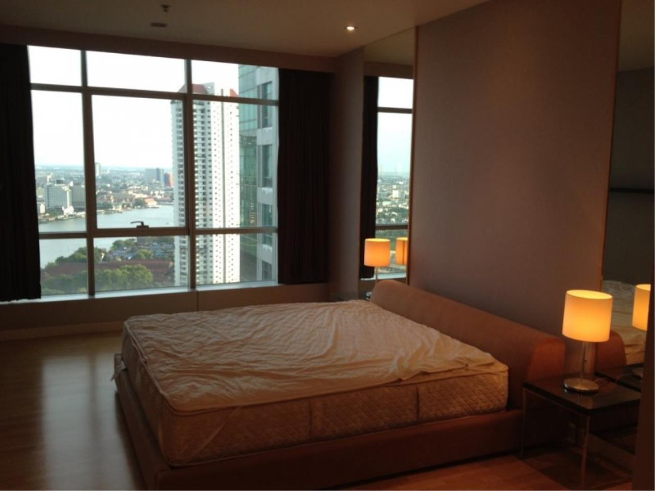 Piri Property Agency's 1 Bedroom in the Baan Sathorn Chaophraya building for rent on high floor 2