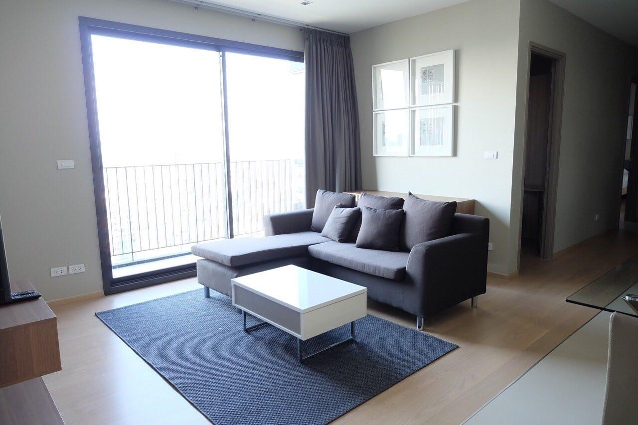 Piri Property Agency's Modern 2 Bedrooms in the HQ Condo for rent on high floor 2