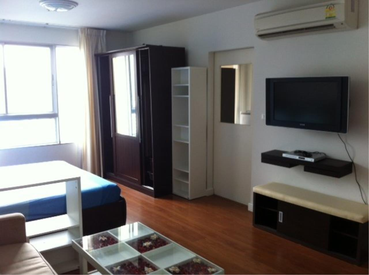 Piri Property Agency's Cozy Studio in the Condo One X building for sale on high floor 1