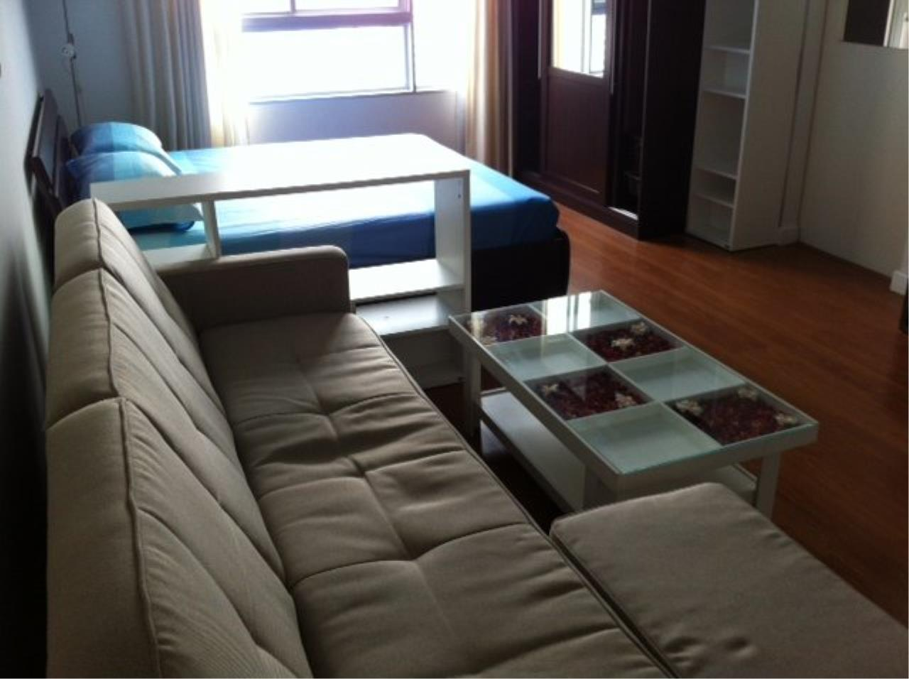 Piri Property Agency's Cozy Studio in the Condo One X building for sale on high floor 2