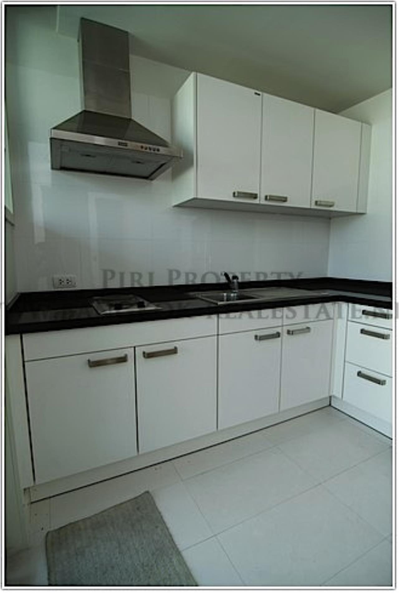 Piri Property Agency's Modern High Rise Condo for Rent 8