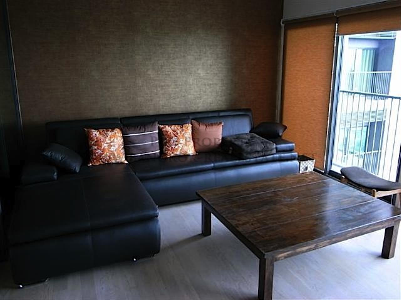 Piri Property Agency's Noble Remix Condo for rent with Classic Interior and nice views 1