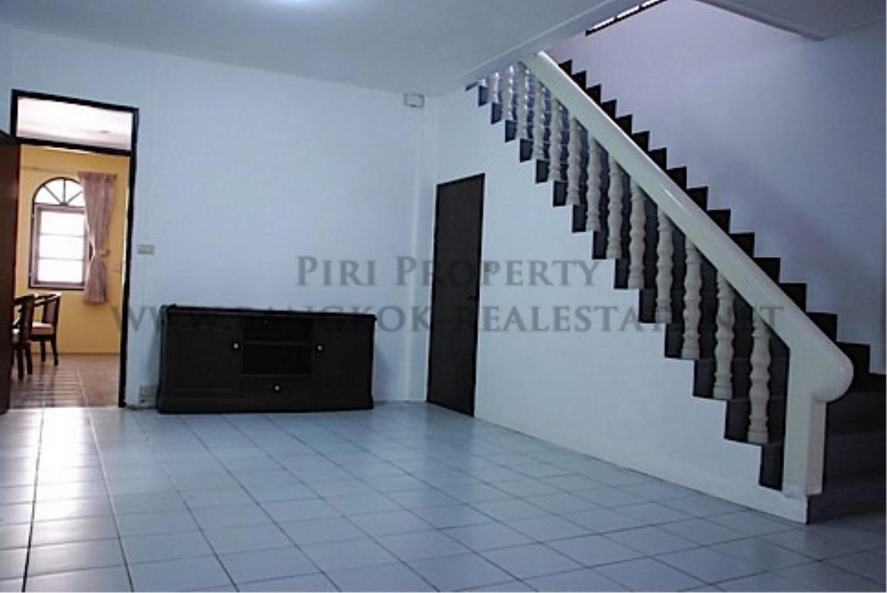 Piri Property Agency's House in Soi Soonvijai for Rent 4