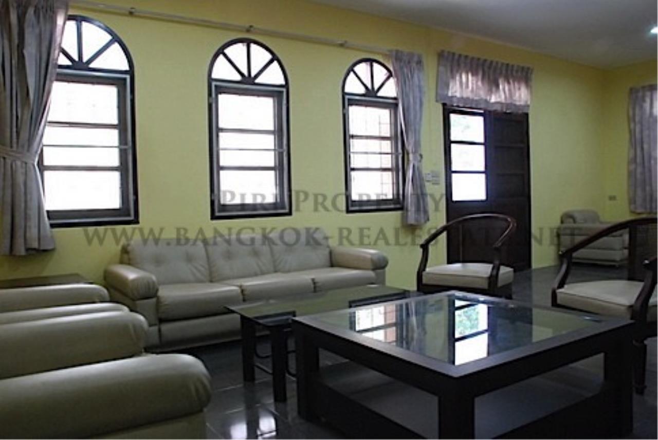 Piri Property Agency's House in Soi Soonvijai for Rent 5