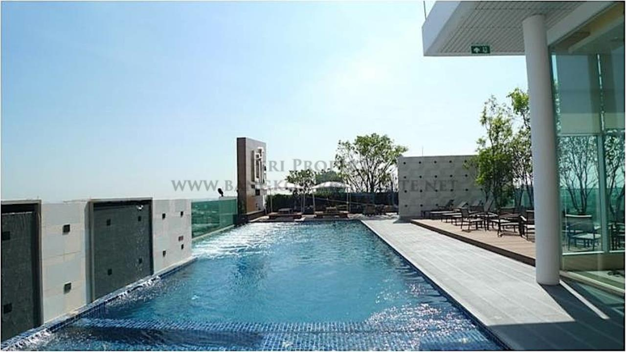 Piri Property Agency's Life @ Sukhumvit for Rent 5