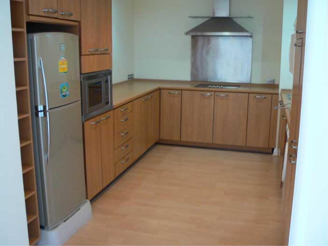 Piri Property Agency's Silom Suite - 2 Bedroom Unit for Rent 3