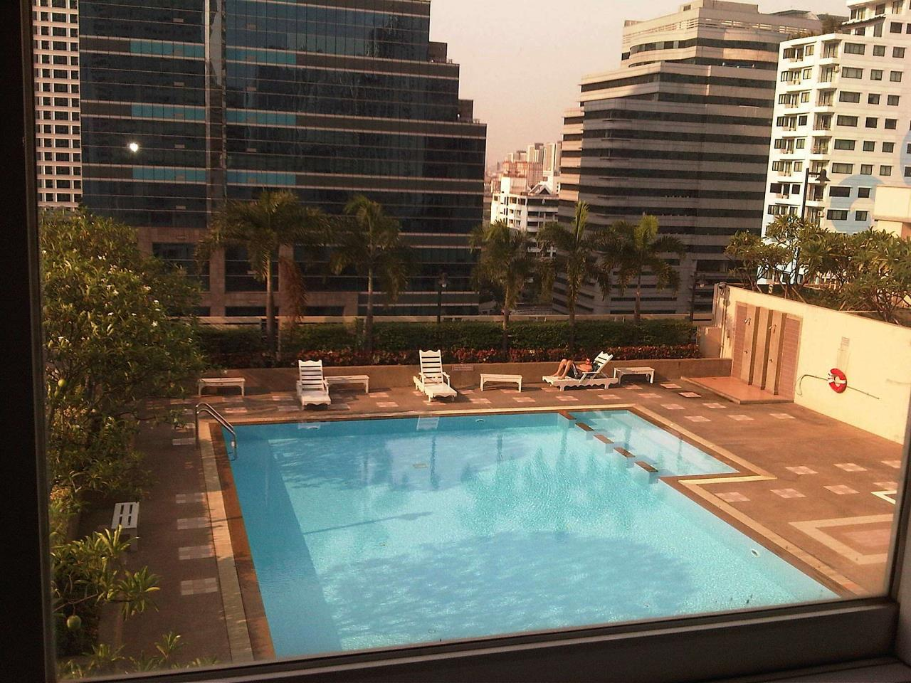 Piri Property Agency's 2BR for Rent in Asoke 11