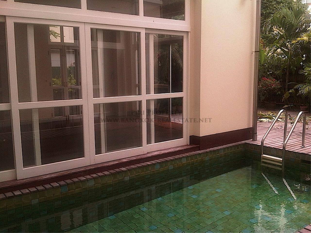 Piri Property Agency's Single House with Private Pool 15