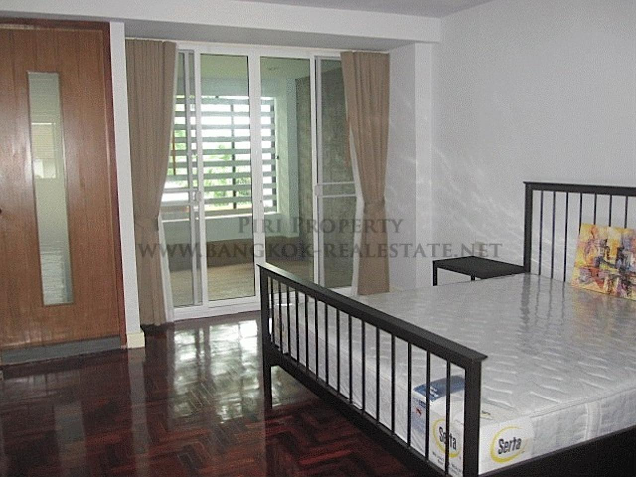 Piri Property Agency's Very Spacious One Bedroom Unit 2