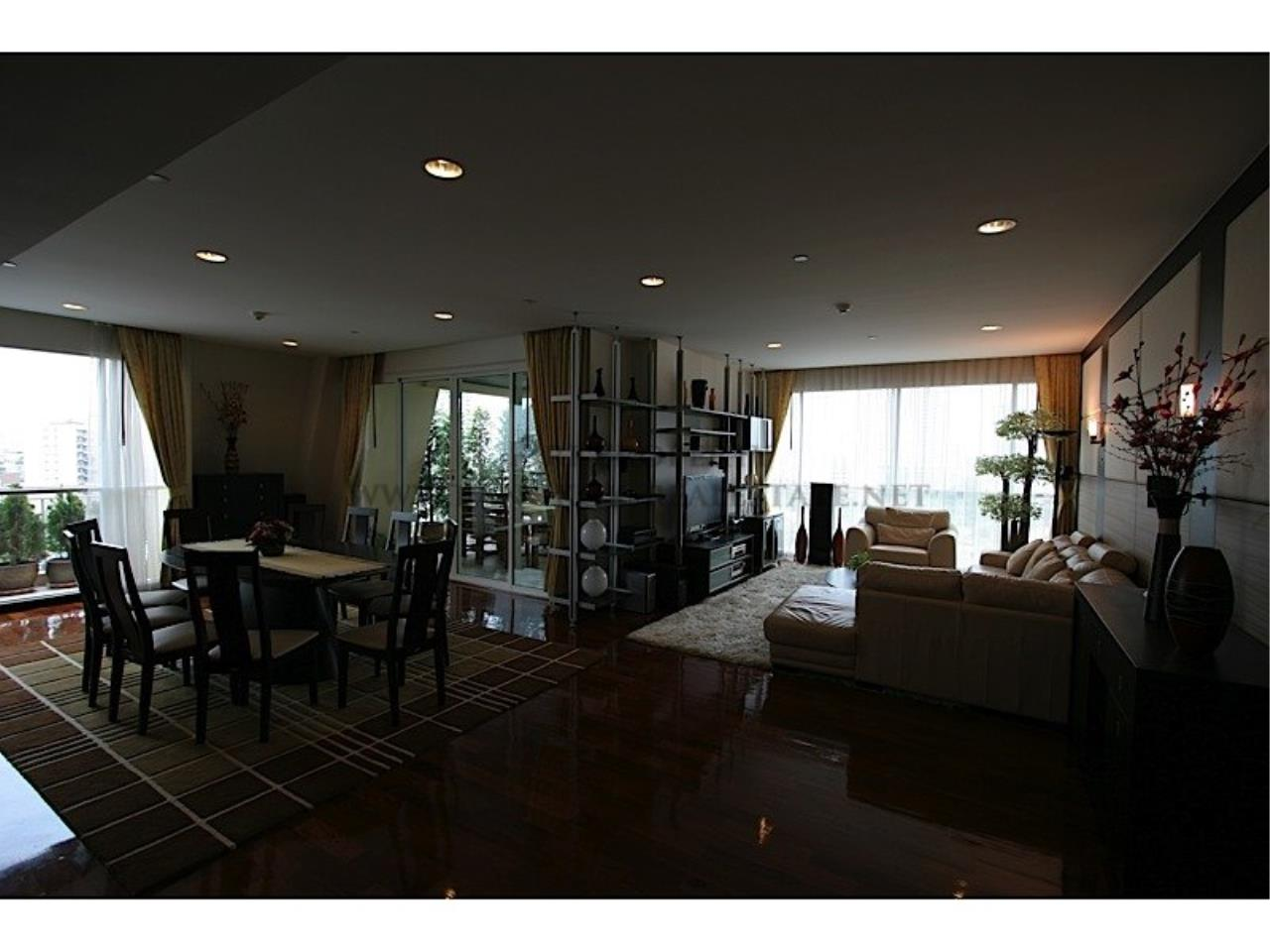 Piri Property Agency's Wilshire Condo - Exclusive and Spacious 3 Bedrooms - More than 200 SQM 2