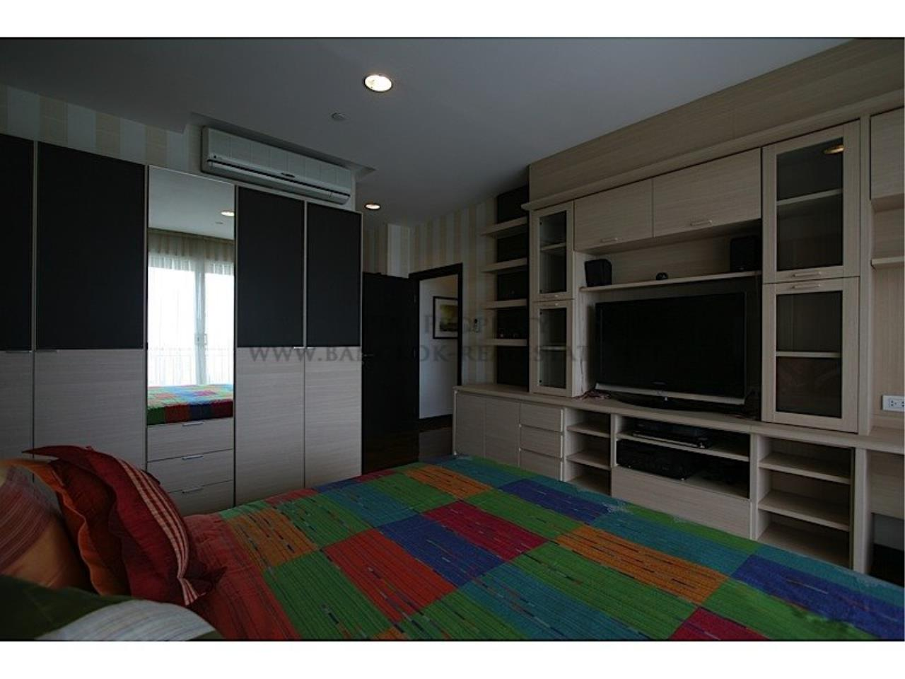 Piri Property Agency's Wilshire Condo - Exclusive and Spacious 3 Bedrooms - More than 200 SQM 3
