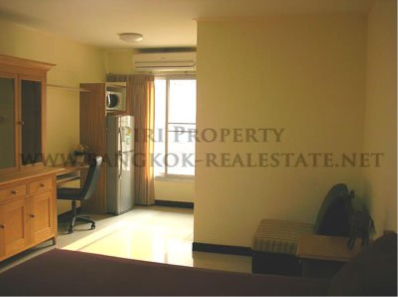 Piri Property Agency's Budget Studio Unit close to Emporium 2