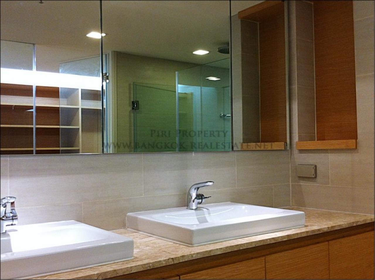 Piri Property Agency's Amazing Duplex Condominium for Rent - Emporio Place 10