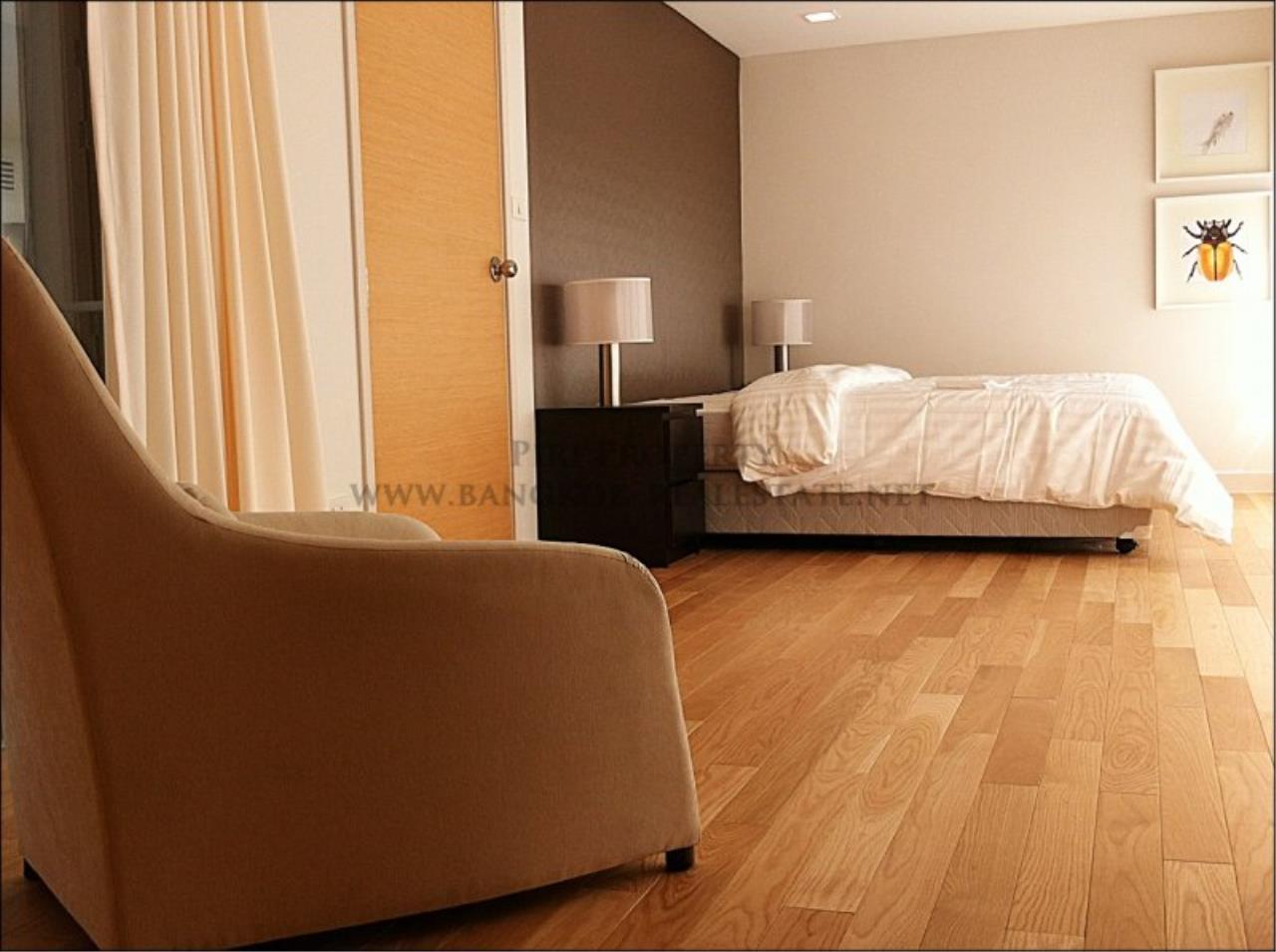 Piri Property Agency's Amazing Duplex Condominium for Rent - Emporio Place 9