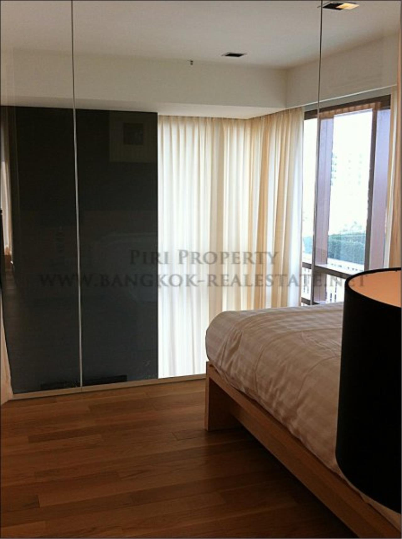 Piri Property Agency's Amazing Duplex Condominium for Rent - Emporio Place 3