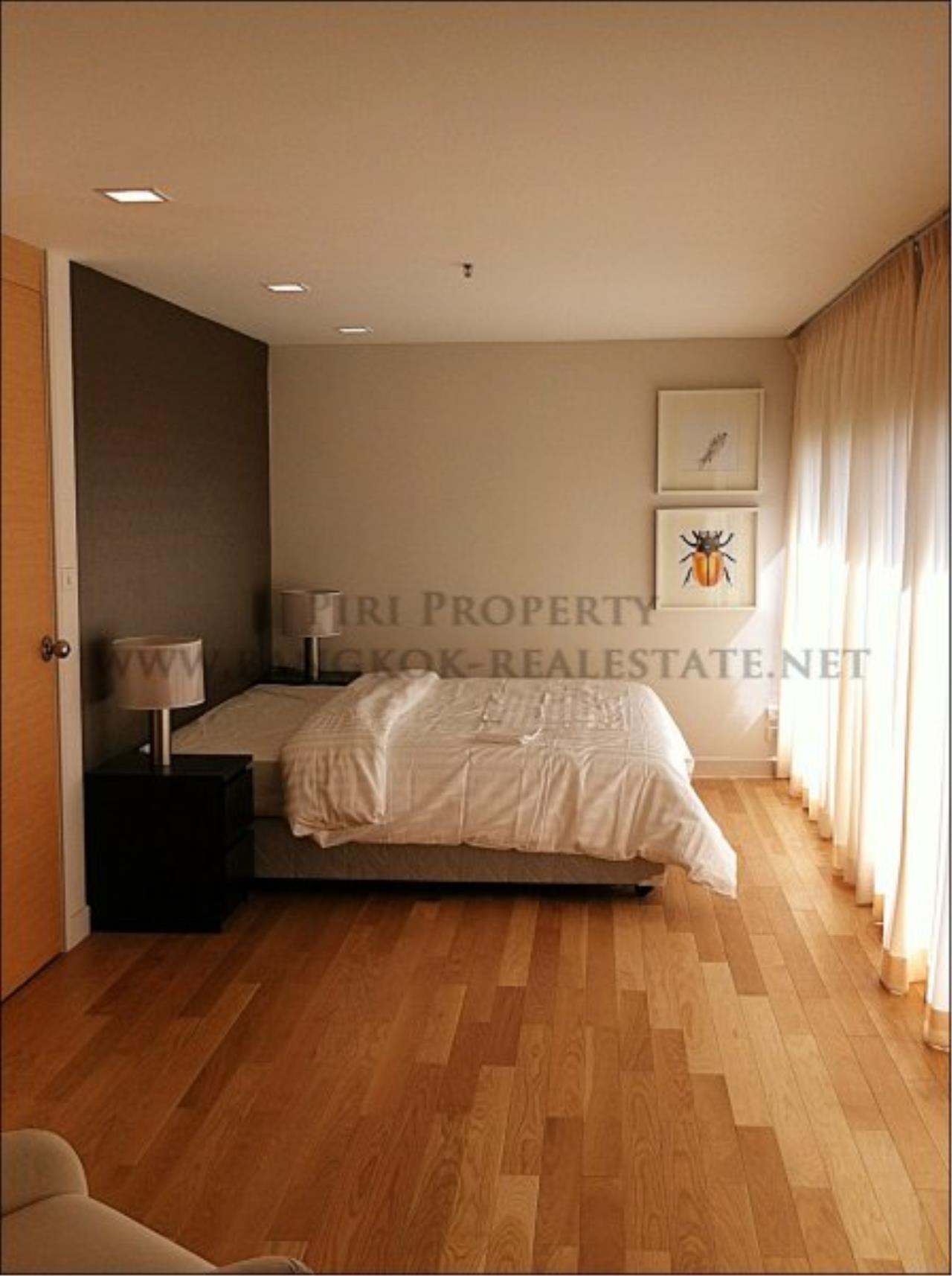 Piri Property Agency's Amazing Duplex Condominium for Rent - Emporio Place 8