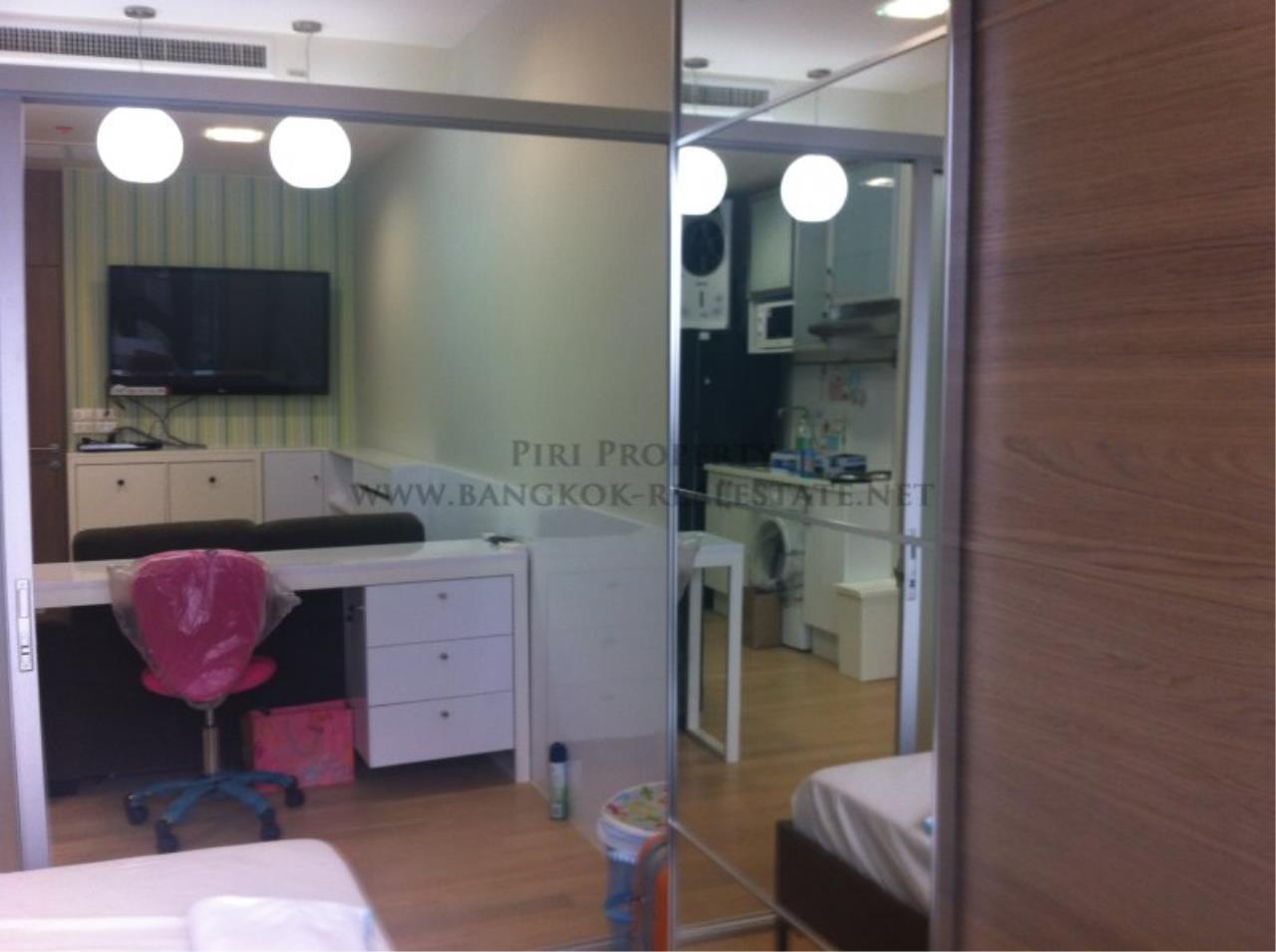 Piri Property Agency's Noble Reveal - Brand New 2 Bedroom Condo next to Gateway Ekkamai 3