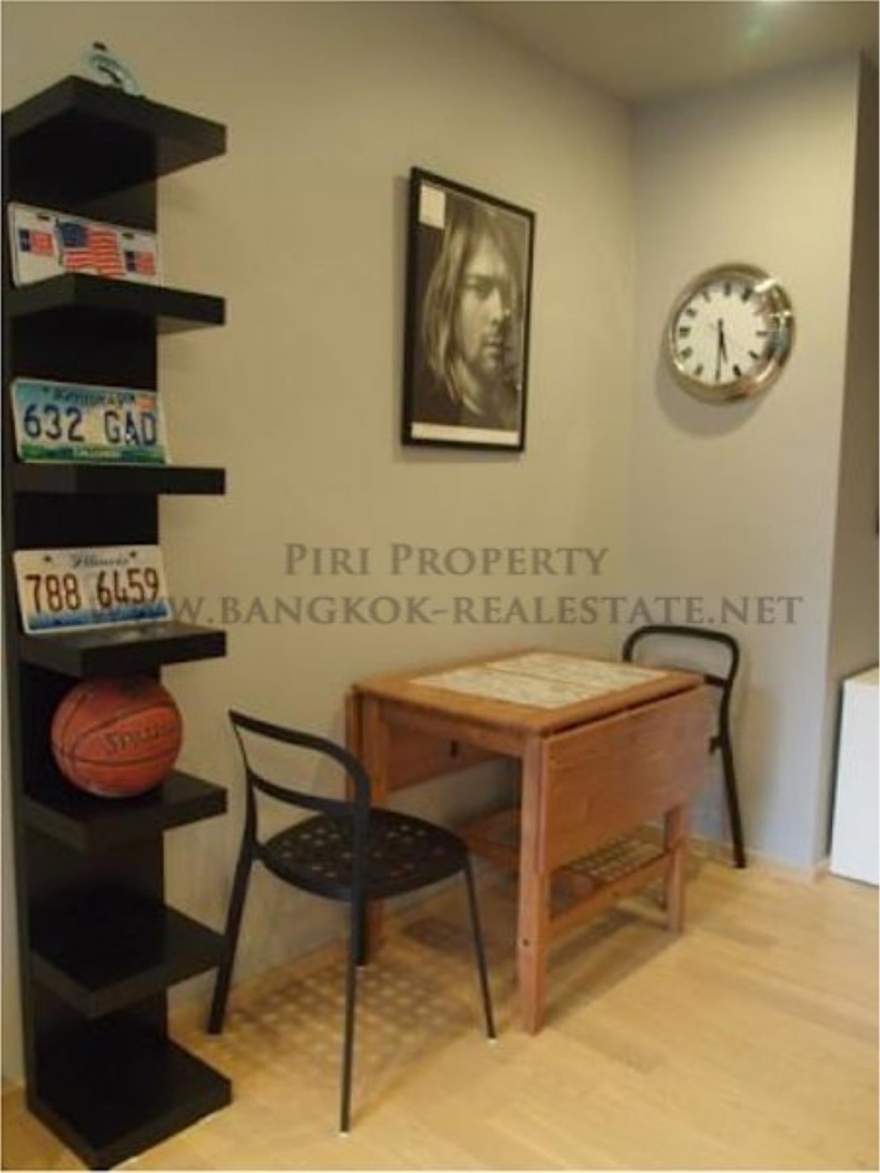 Piri Property Agency's One Bedroom Condo - Noble Reveal next to Gateway Ekkamai 2