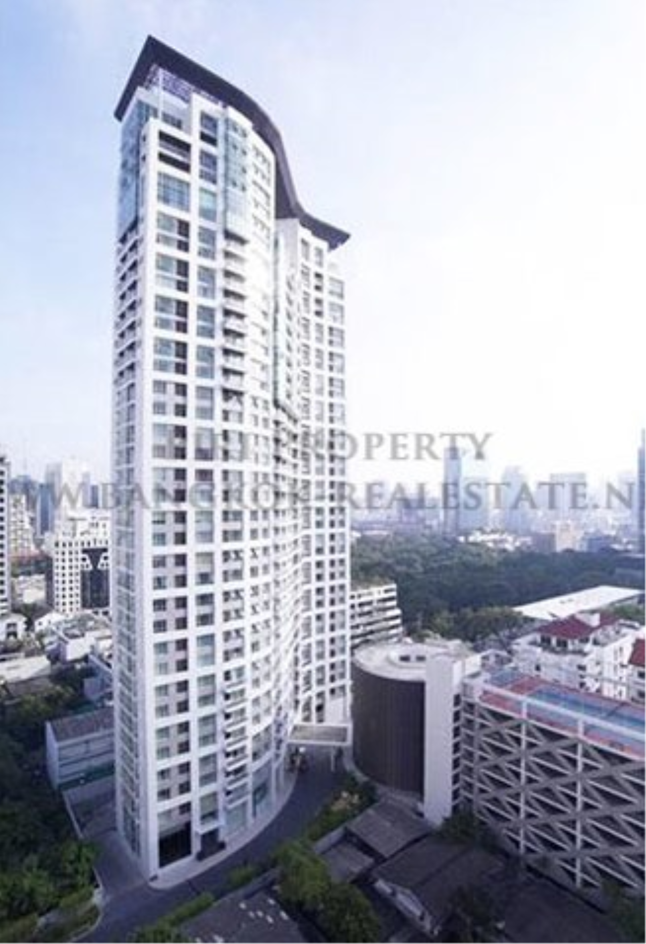 Piri Property Agency's 2 Bedroom Condo - Urbana Langsuan for Rent 1