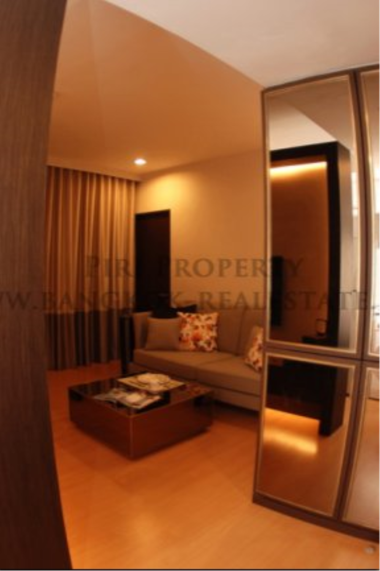 Piri Property Agency's Fully furnished 1 Bedroom Condo in Thonglor 4